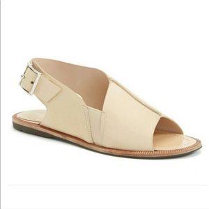 New Charles David leather flat sandals